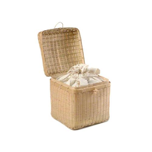 petributes-bamboo-casket-vierkant